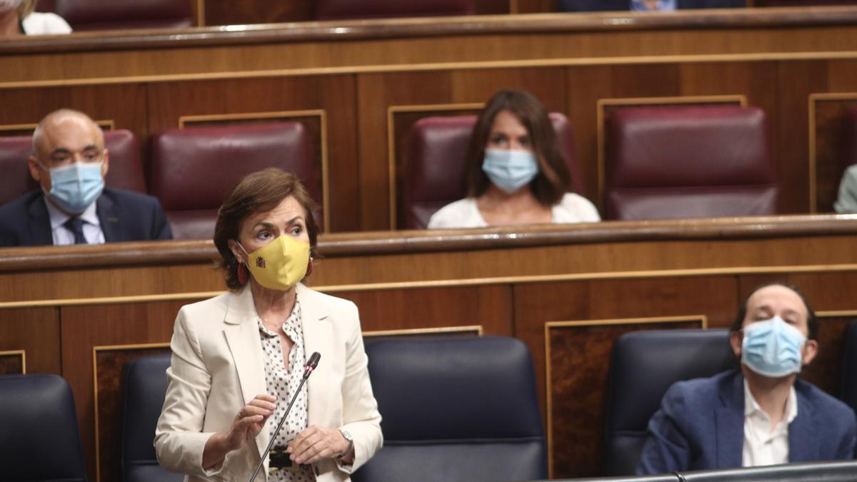 La vicepresidenta primera del Gobierno, Carmen Calvo, en el Congreso.