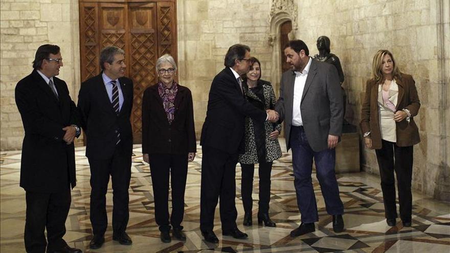 Mas y Junqueras acuerdan elecciones el 27 de septiembre con listas separadas