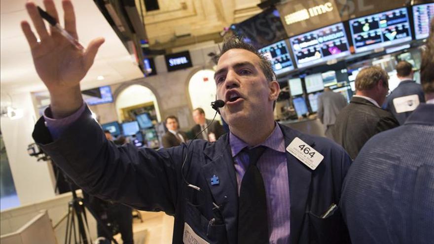 Wall Street abre al alza y el Dow Jones sube un 0,53 por ciento
