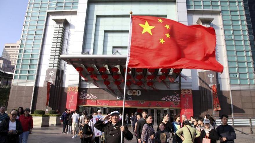 Un ministro taiwanés viajará a China para un crucial encuentro con su homólogo