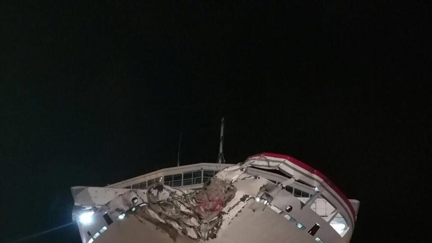'Volcán de Tamasite' en el varadero tras el accidente del viernes