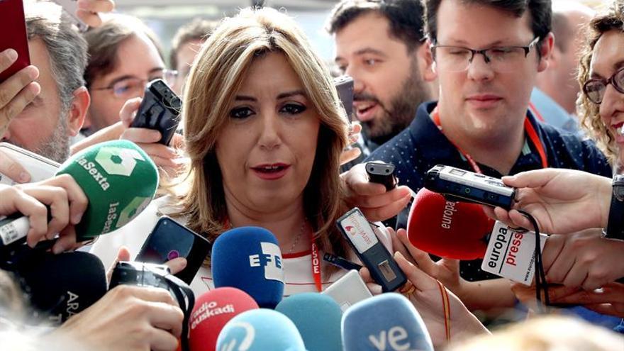 Díaz: No me queda más remedio que aceptar la decisión del PSOE sobre CETA