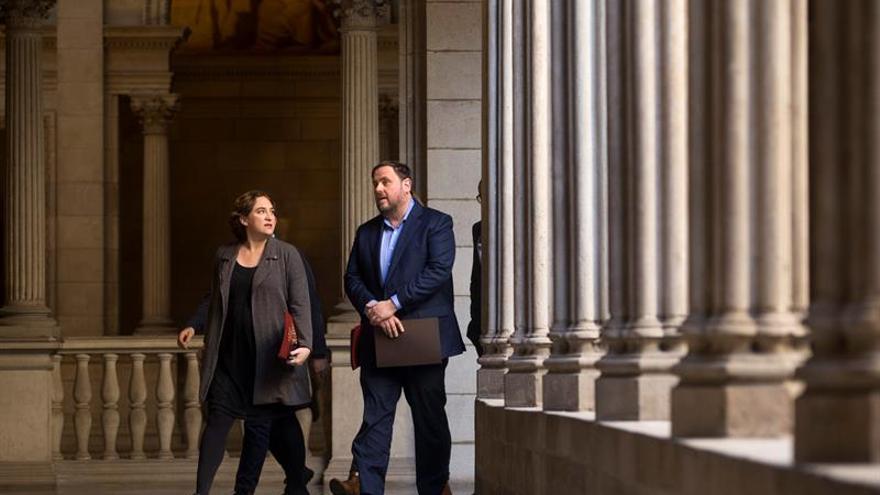 Govern se compromete con Barcelona a saldar sus deudas en máximo de un año