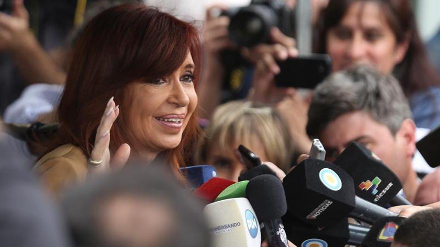 Juez que procesó a Cristina Fernández por operaciones del Banco Central descarta detenerla