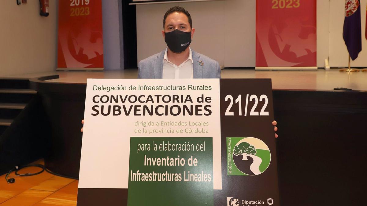 El delegado de Infraestructuras Rurales de la Diputación de Córdoba, Manuel Olmo.