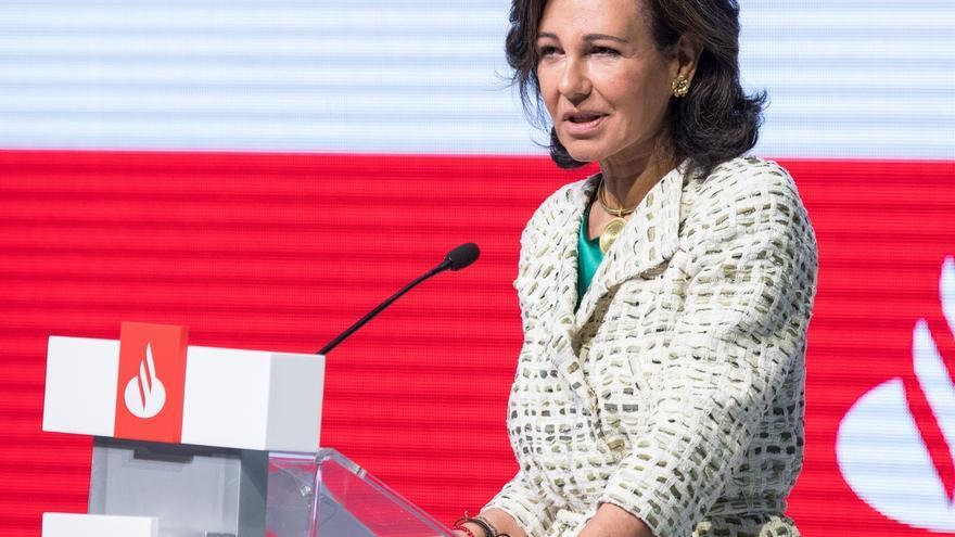 Ana Botín y otros tres consejeros del Santander reciben más de 2,7 millones por sus bonus en diferido