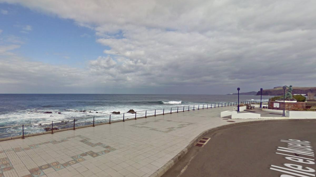 Rotonda junto al paseo marítimo de Agaete, en Gran Canaria