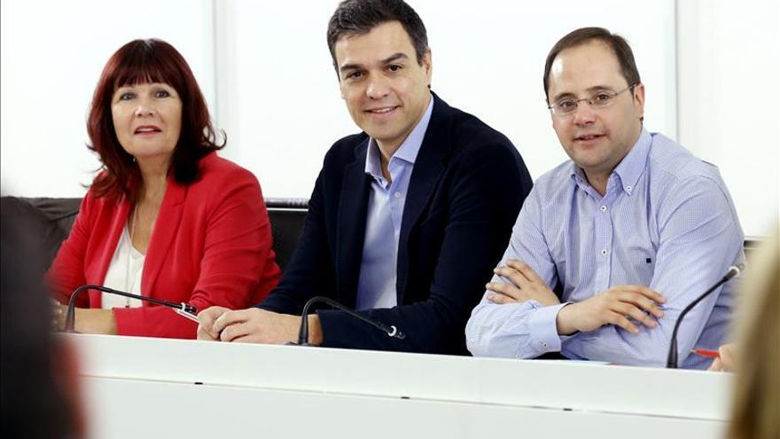 Navarro defiende que se mantengan los límites para un pacto de Gobierno