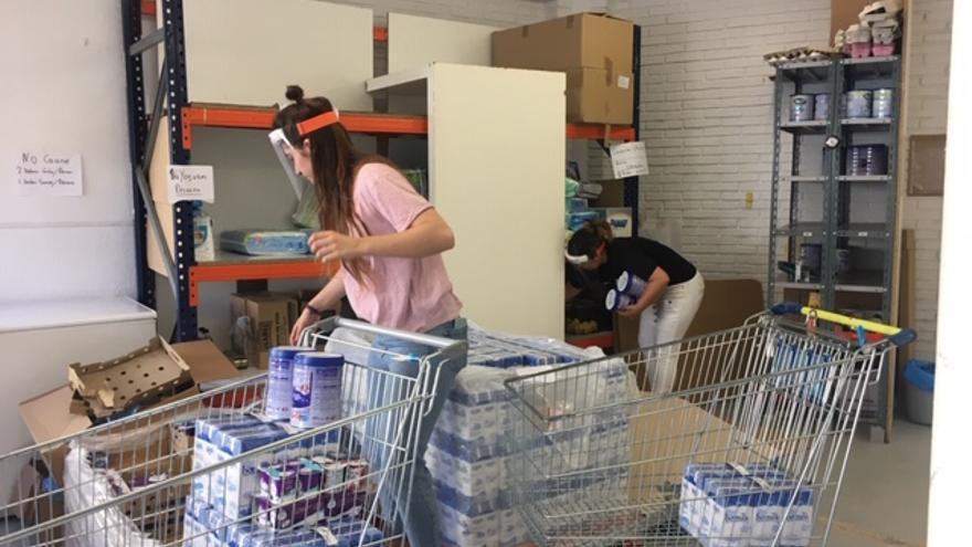 Voluntarias en el Banco de Alimentos de Álava