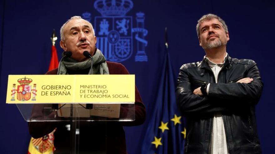 Pepe Álvarez (i) y Unai Sordo (d), secretarios generales de UGT y CCOO, respectivamente, en una imagen de archivo.