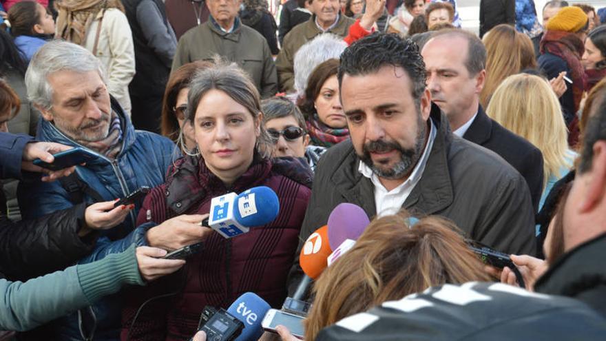 El alcalde de Azuqueca junto a la directora del Instituto de la Mujer de Castilla-La Mancha