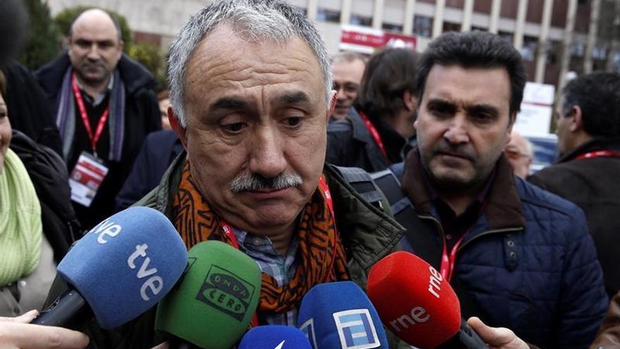 Álvarez: UGT sólo toma decisiones cuando está con el agua al cuello