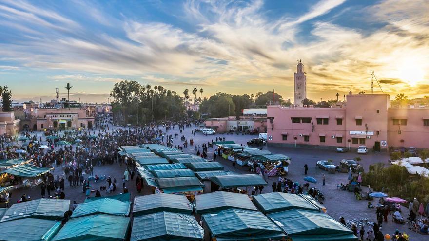 La Plaza Jemaa el Fna, Marrakech, Marruecos
