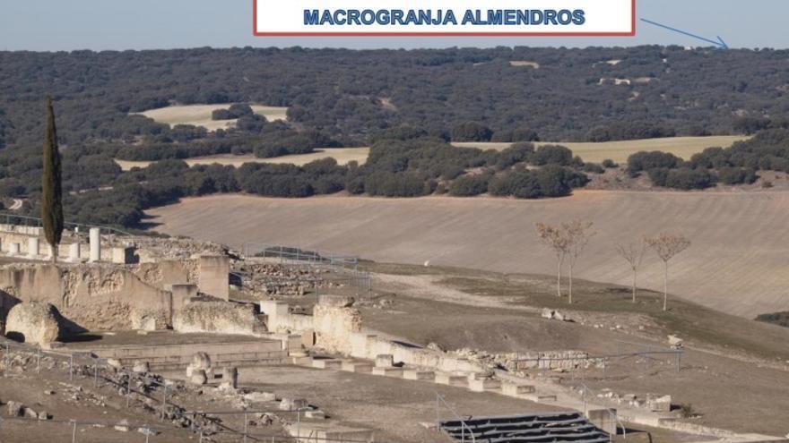 Ubicación de la macrogranja de Almendros vista desde el Parque Arqueológico de Segóbriga