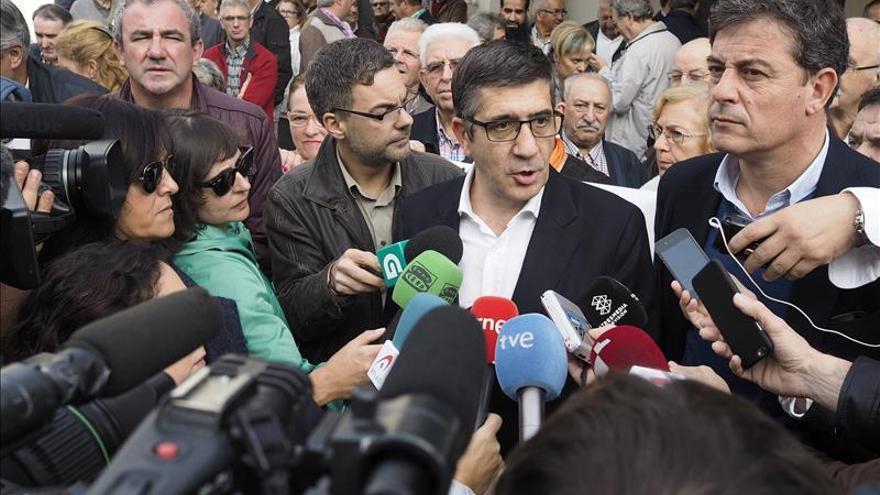 Patxi López pide reformar la Constitución como renovación del pacto ciudadano