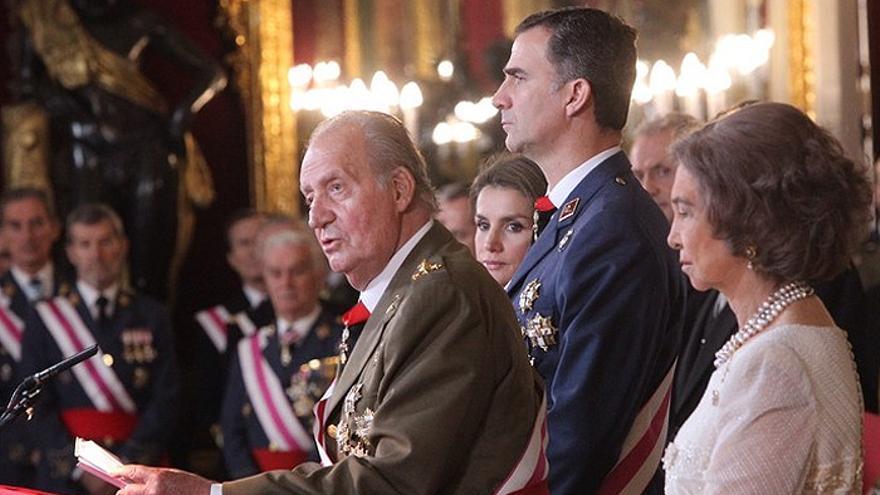 Juan Carlos I y Felipe VI con las reinas Sofía y Letizia en un acto oficial