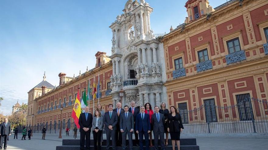 """Juanma Moreno sobre su equipo de Gobierno: """"La pelota empieza a rodar"""""""