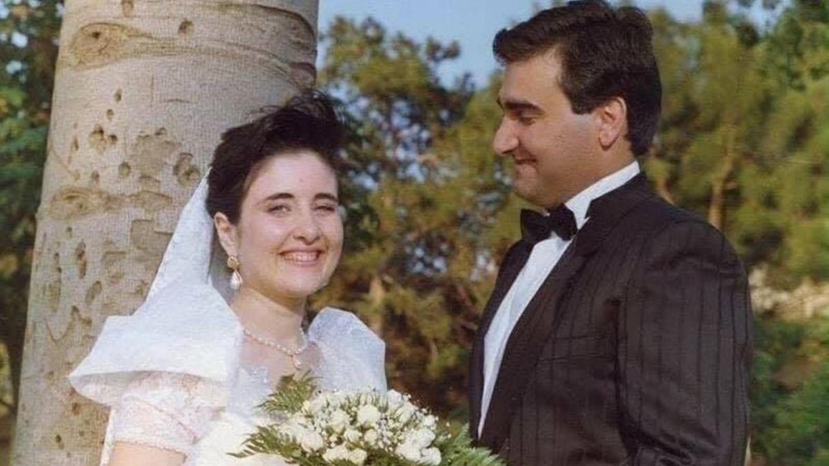 El joven policía Antonino Agostino y su esposa Ida Castelluccio en su boda en julio de 1989, un mes antes de ser asesinados a tiros.