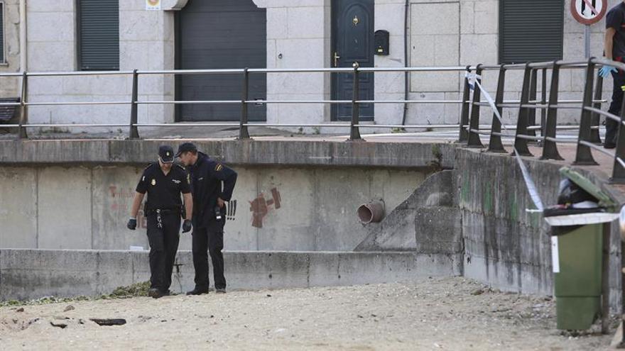 El acusado de matar a un joven de un disparo en la playa de Chapela acude al juzgado
