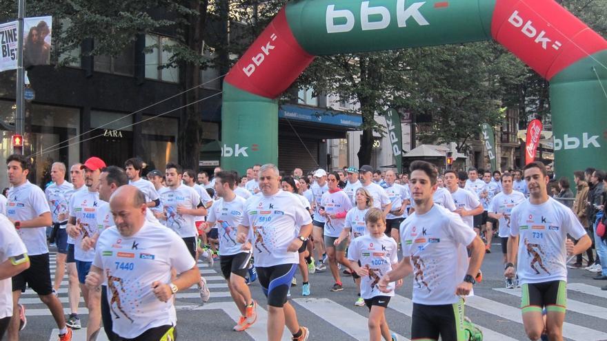Cerca de 10.000 corredores participan en la Herri Krosa Bilbao 2015