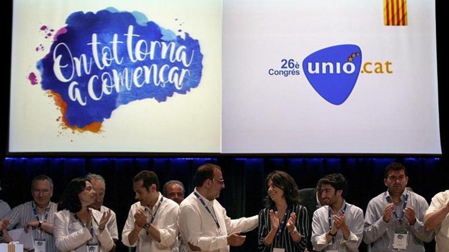 """Unió reta a Puigdemont a adelantar las elecciones si sigue """"cautivo"""" de la CUP"""