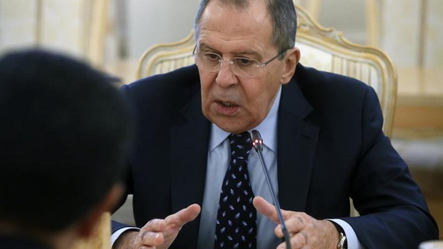 """Lavrov: El escándalo por los contactos con el embajador ruso parece una """"caza de brujas"""""""