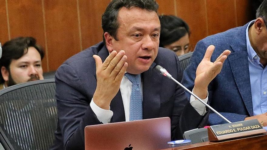 Capturan en Colombia a Senador por supuesto soborno a un juez