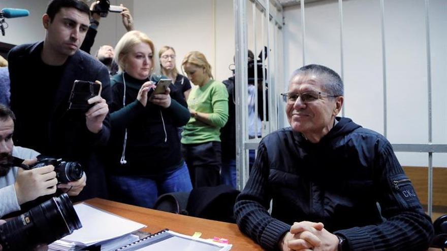 El presidente de Rosneft no comparece de nuevo en el juicio al exministro ruso