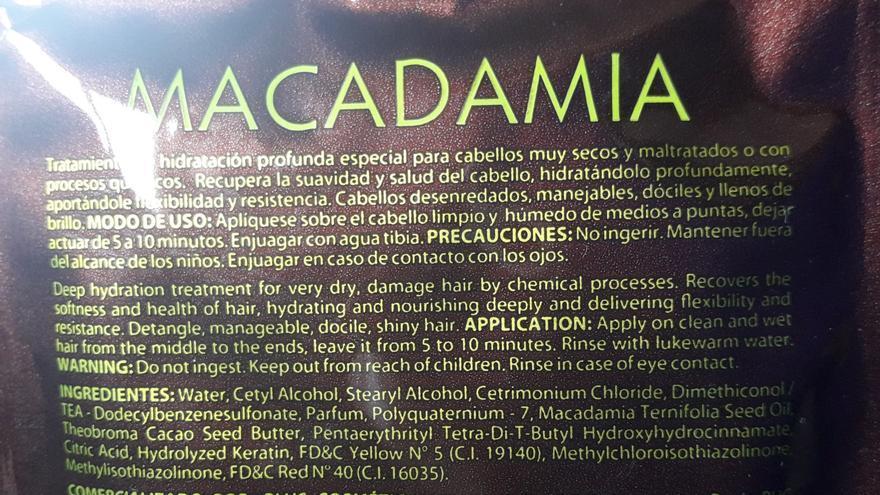 Mascarilla capilar de nueces de macadamia. Precaución: no ingerir
