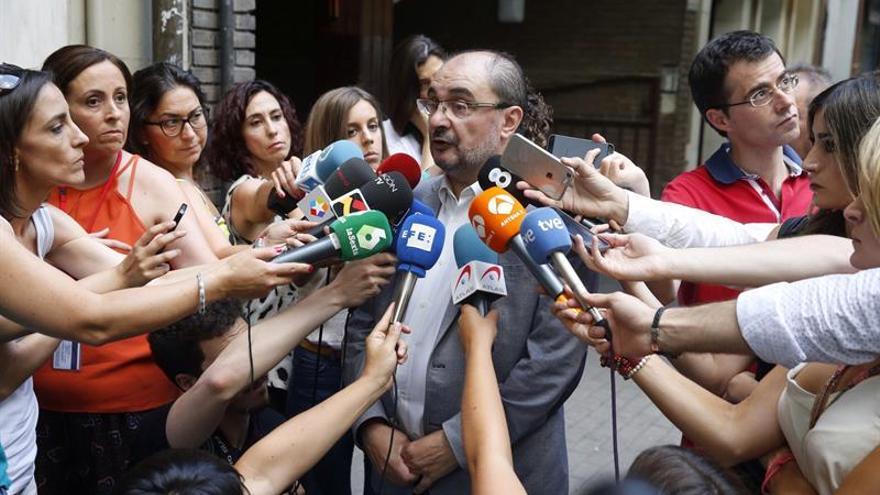 """Lambán no descarta """"en absoluto"""" que Podemos asuma la Presidencia de las Cortes"""