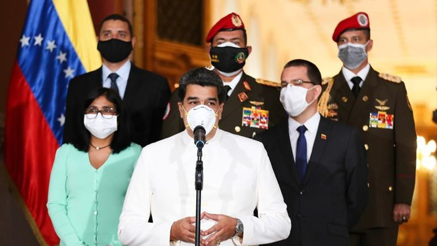 "Maduro assures that justice ""will reach all terrorists"""