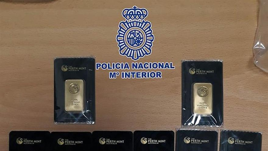 Tres detenidos por vender lingotes de oro falsos a un local de Madrid