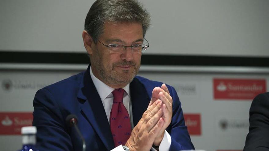 Catalá pide al fiscal Horrach que respete a los políticos como Fernández Díaz