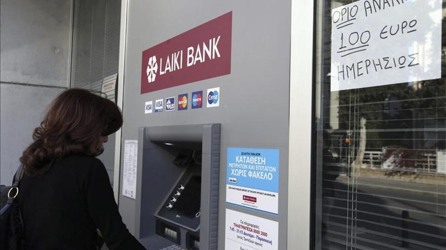 Chipre solicita a Moscú aplazar la devolución de su préstamo y menos interés