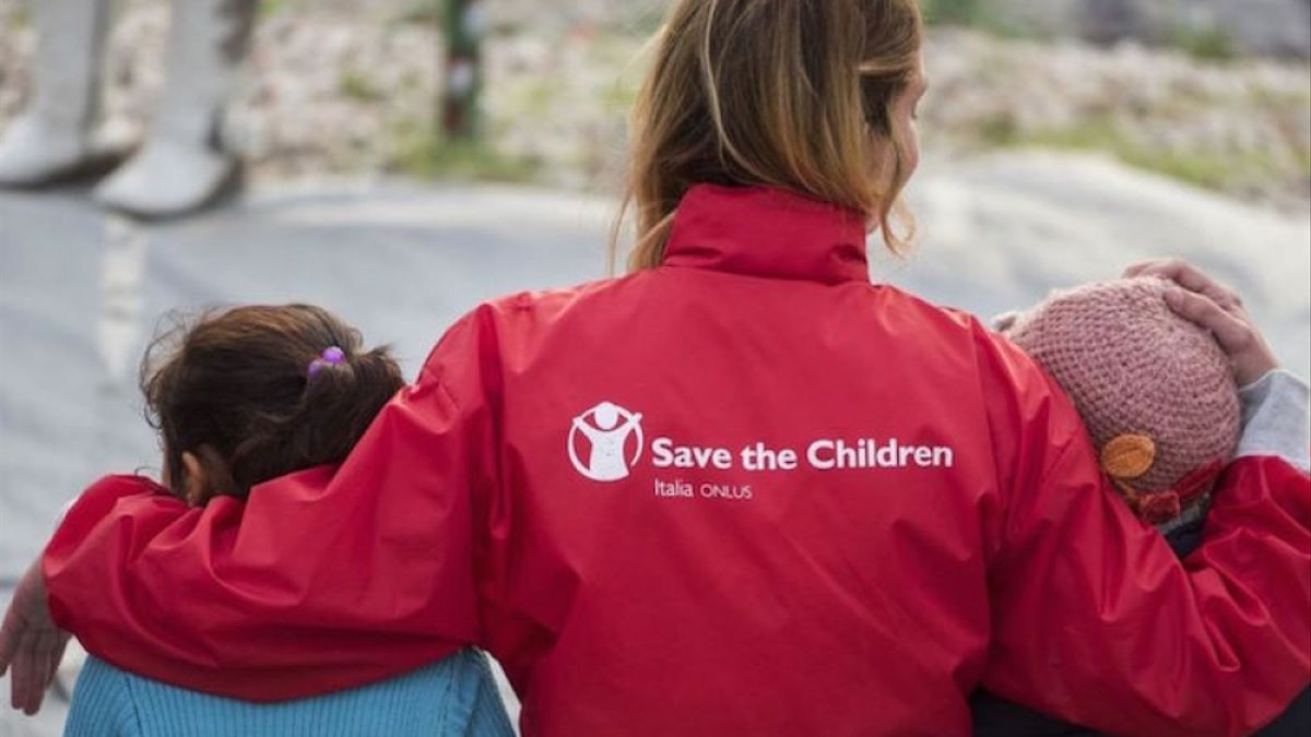 Una activista de Save the Children.