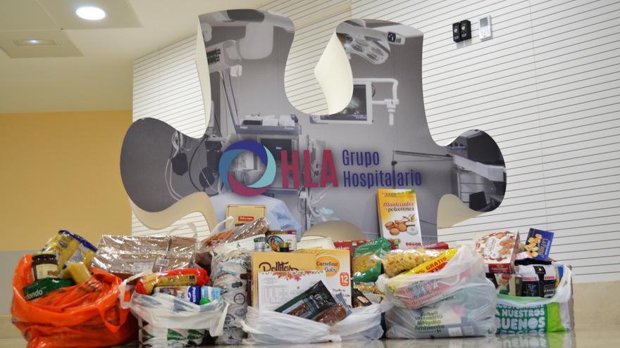 Más de 30 familias se beneficiarán de los 600 kilos de comida recogidos en los hospitales HLA La Vega y HLA Clínica Belén