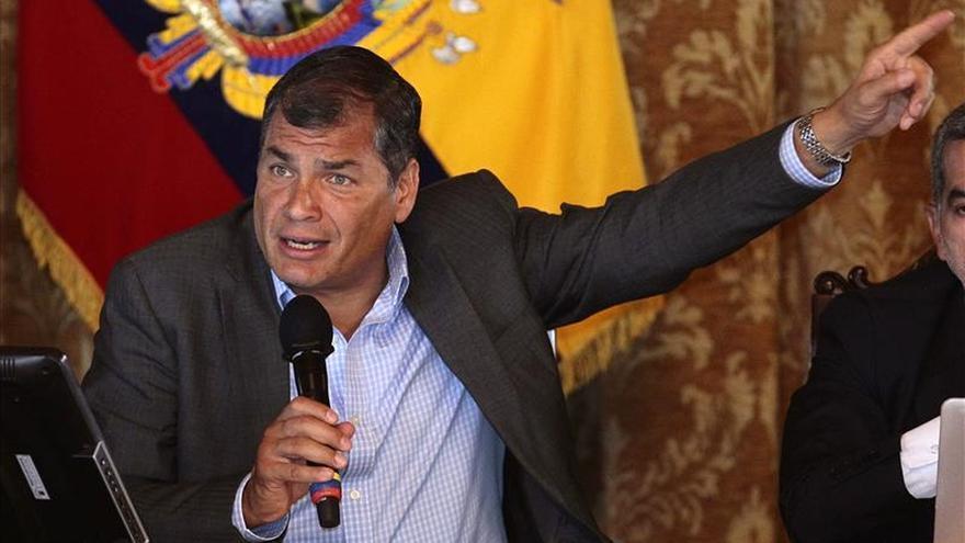 Correa asegura que el dengue y el chikunguña son enfermedades de la pobreza