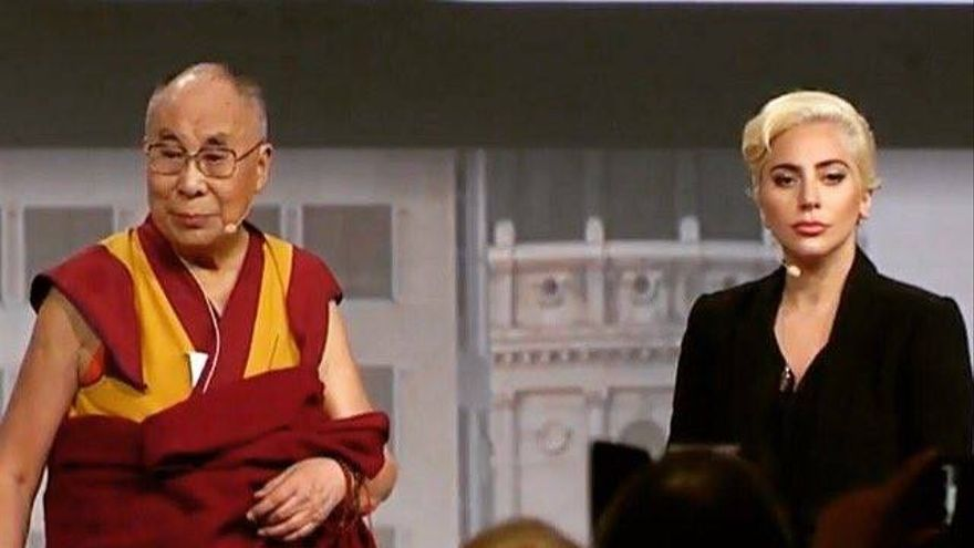 El Dalái Lama y Lady Gaga