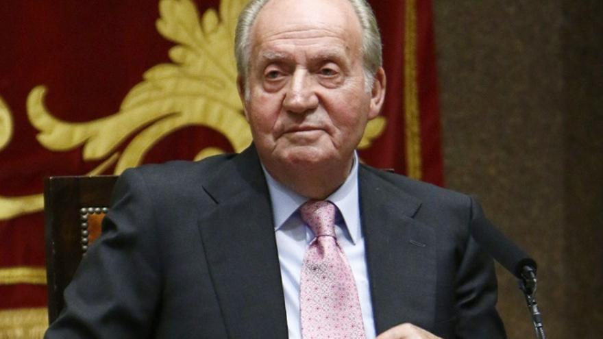 El Rey Juan Carlos asistirá a la toma de posesión de los presidentes de Perú y República Dominicana