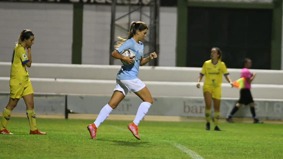 Andrea Ríos, autora del único gol del Pozoalbense en el partido.