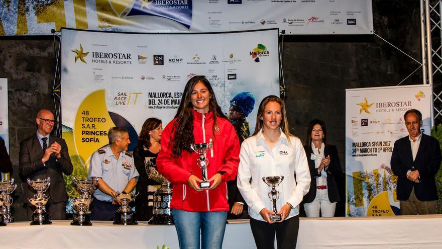 Patricia Cantero y Silvia Más, terceras en el Trofeo Princesa Sofía de la clase 470 celebrada en Mallorca.