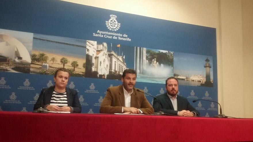 El PSOE acusó este miércoles al alcalde de la capital tinerfeña de ocultar el último informe emitido por la Gerencia de Urbanismo