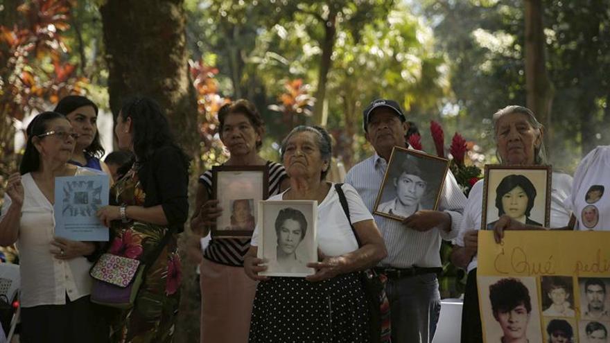 """Defensores ven avances """"mínimos"""" en DDHH al cierre de 2017 en El Salvador"""