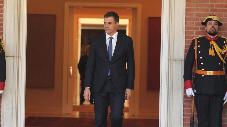 """Sánchez dice que su Gobierno antepondrá """"el consenso a la crispación"""" en todos los ámbitos de la política"""