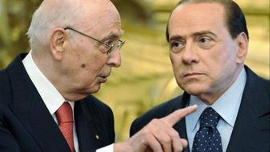 Los ataques de Berlusconi contra Napolitano abren una crisis institucional en Italia