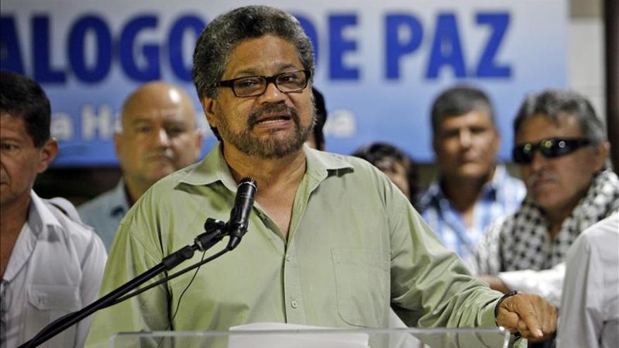 Las FARC confían en el papel de Villegas, Holguín y Restrepo en el proceso de paz