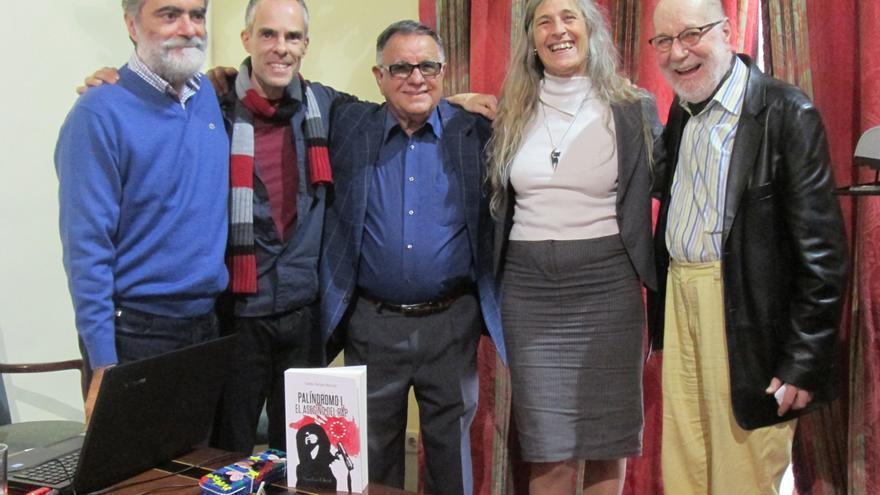 Anelio Rodríguez, Carlos Felipe, Talio Noda, Carmen Martell y Antonio Abdo, este sábado. Foto: LUZ RODRÍGUEZ.