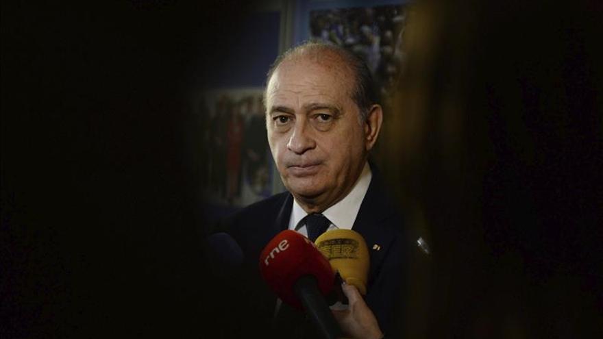 Fernández Díaz dice que vigilar al etarra Plazaola habría sido una ilegalidad