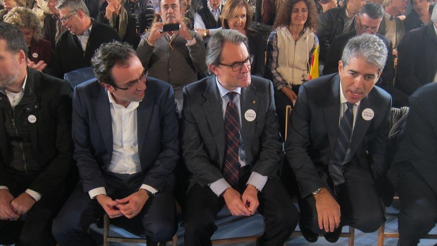 Mas lamenta el golpe a Rajoy y lo contrasta con el carácter pacífico del soberanismo