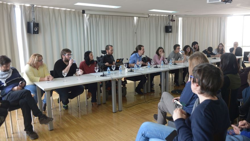 La dirección estatal de Podemos se reúne de urgencia este viernes por la tarde para estudiar el cese de Fachin